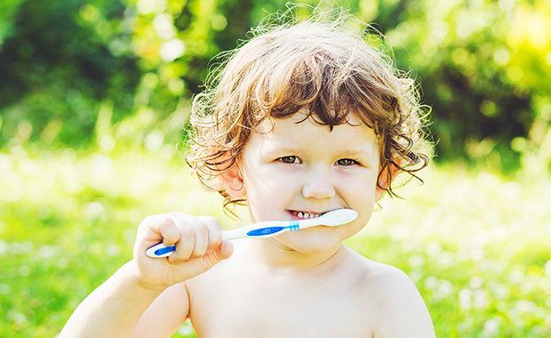 Mondhygiënist kan problemen in de mond voorkomen
